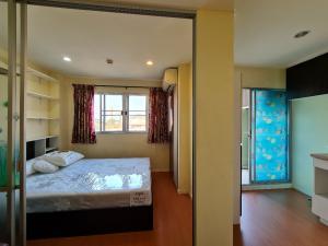 For SaleCondoRamkhamhaeng Nida, Seri Thai : Urgent sale !!! Strong price Lumpini Condo Town LPN Condotown Nida-Serithai 2 23 sqm. 5th floor C3 building.