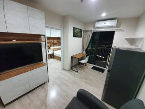 For RentCondoRattanathibet, Sanambinna : N117.5 ** The most beautiful room ** Available room 31 Jan for rent, Plum Condo Central Station, very beautiful room according to the picture.