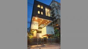 For SaleHouseWitthayu,Ploenchit  ,Langsuan : House Ruamrudee for sale close to BTS Ploenchit.
