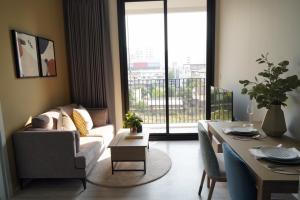 For RentCondoSukhumvit, Asoke, Thonglor : For rent XT Ekkamai, near BTS Ekkamai