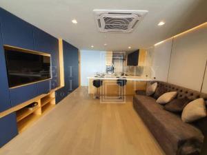 For RentCondoSilom, Saladaeng, Bangrak : For Rent State Tower Condominium (68 sqm.)