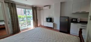 For RentCondoVipawadee, Don Mueang, Lak Si : Condo for rent, Parkview Vibhavadi, only 840 meters from MRT Lak Si, 1st floor