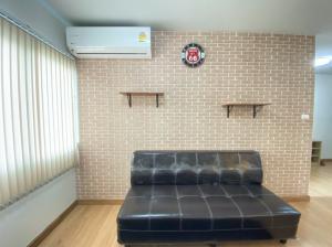 For RentCondoRattanathibet, Sanambinna : Condo for rent Supalai Veranda Rattanathibet, size 62 sq m, fully furnished, near the train, cheap price