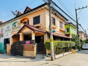 For SaleHouseRangsit, Patumtani : Townhouse for sale at the back of the m