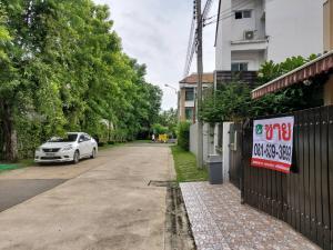 For SaleHouseEakachai, Bang Bon : *Price has been lowered again* Baan Klang Muang Sathorn-Taksin 2 for sale (**back rim 28.1 sq.wah) **near BTS Wutthakat 450 meters ** Fully furnished built-in like a model house