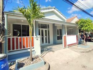 ขายบ้านรังสิต ธรรมศาสตร์ ปทุม : ✅ ขาย บ้านเดี่ยว 1 ชั้น หมู่บ้านวรารักษ์ รังสิต คลอง 3 ขนาด 26.70 ตรว ฟรีค่าโอนทั้งหมด ✅