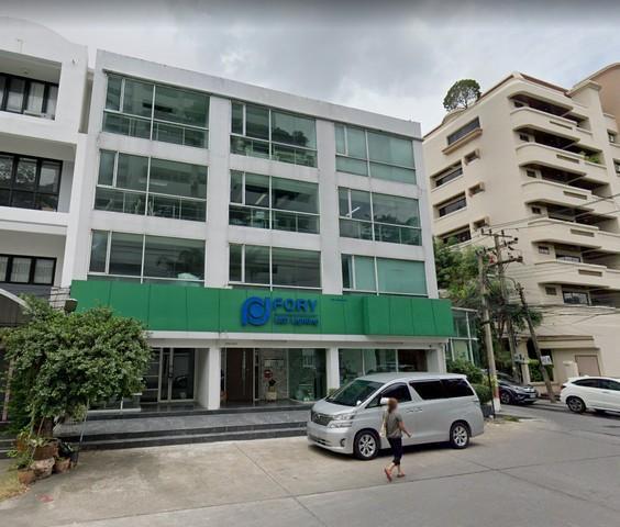For RentTownhouseNana, North Nana,Sukhumvit13, Soi Nana : 4-storey townhome for rent Sukhumvit 31 area near BTS Phrom Phong and Ital-Thai pier