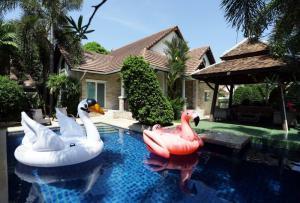 For RentHousePattaya, Bangsaen, Chonburi : 🔴✨ House, pool villa, good location, close to the sea ✨🔴