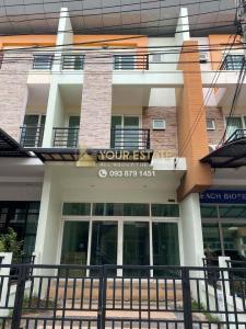 For RentTownhouseRamkhamhaeng,Min Buri, Romklao : For rent Townhome / Home Office Sob Ramkhamhaeng 160 (Miss Teen) - 4 bedrooms, 2 air conditioners.