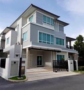 ขายบ้านพัฒนาการ ศรีนครินทร์ : ขายบ้านโครงการ หมู่บ้านแกรนด์ บางกอก บูเลอวาร์ด พระราม 9-ศรีนครินทร์ Grand Bangkok Boulevard Rama 9-Srinakarin ถนนกรุงเทพกรีฑา เขตสะพานสูง ใกล้ Airport Rail Link สถานีหัวหมาก ทางพิเศษมอเตอร์เวย์ กาญจนาภิเษก