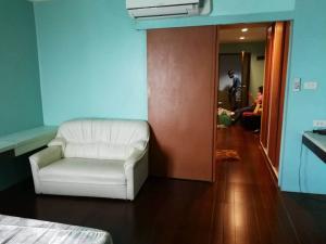 For RentCondoNana, North Nana,Sukhumvit13, Soi Nana : For rent, Sukhumvit Suites, Soi Sukhumvit 13, near BTS Nana, price 16,000 baht.