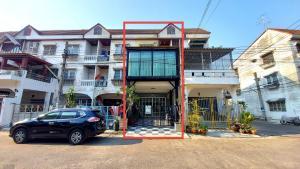 For SaleTownhouseRathburana, Suksawat : Sale ... 3-storey townhome (luxury decoration), Ratchada Village, Thon Thung Khru, Pracha Uthit 71
