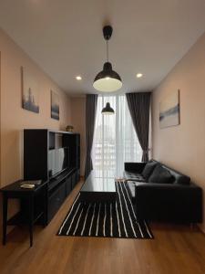 For RentCondoSukhumvit, Asoke, Thonglor : ✅ For rent: Noble BE Sukhumvit 33, near BTS, size 35 sqm, fully furnished and electrical appliances ✅