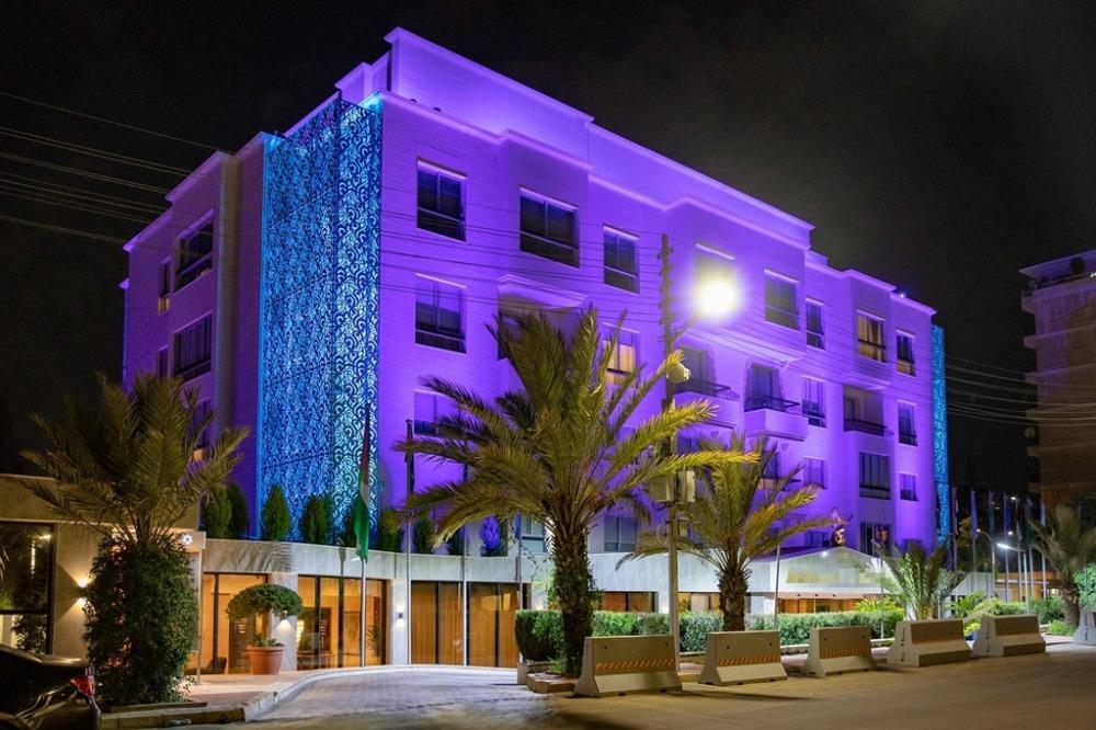 ขายขายเซ้งกิจการ (โรงแรม หอพัก อพาร์ตเมนต์)บางนา แบริ่ง : ขายโรงแรม 3 ดาว ขนาด 89 ห้อง ใกล้รถไฟฟ้า BTS แบริ่ง 700 เมตร