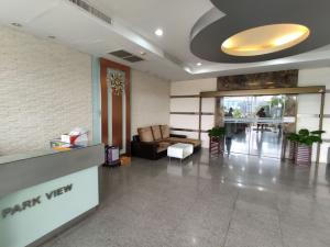 For RentCondoKhlongtoei, Kluaynamthai : Condo for rent, Lumpini Park Ville Condo 20000 baht