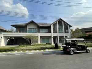 For SaleHouseRamkhamhaeng Nida, Seri Thai : Selling : Luxury House in Sari Thai  ,  5 Bed 5 Bath , 1 Maid Room , 4 Parking lot , 513 sqm , 111 sqw
