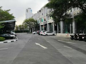 For RentHome OfficeBangna, Lasalle, Bearing : Rent/Sale (80,000 baht per month / 16,000,000 baht) HOME OFFICE 4-storey luxury project on Bangna-Trad Road Km.4 Cascade Bangna FUR + full office equipment