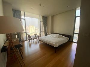 เช่าคอนโดสาทร นราธิวาส : Condo The Sukhothai Residences ใกล้ BTS ศาลาแดง 122 ตร.ม 1 ห้องนอน 2 ห้องน้ำ ชั้น20 ทิศตะวันออก เฟอร์ครบ