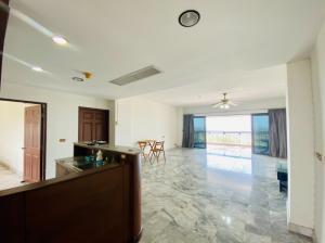 For SaleCondoPattaya, Bangsaen, Chonburi : Condo Panya Resort 146 sq m, 2 bedrooms, Crystal Bay view, project on Sukhumvit Road Near Bang Saen Beach