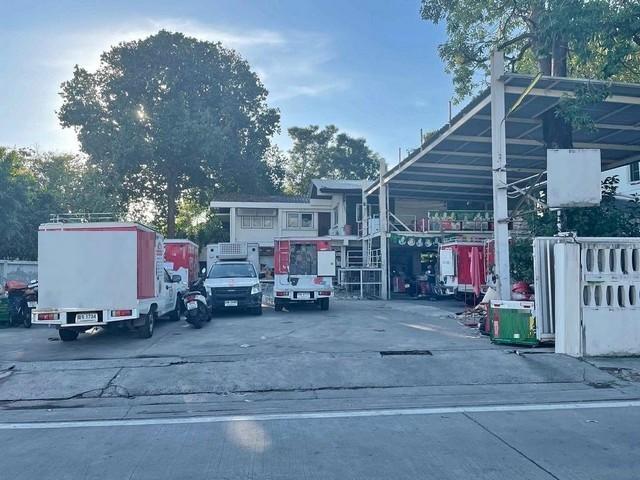 For RentHouseRama9, RCA, Petchaburi : 2 storey detached house for rent, area 200 sq.wa., Rama 9 area, near The Nine Rama IX. Suitable for restaurant