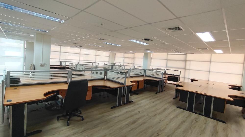 For RentOfficeChengwatana, Muangthong : Office for rent in Muang Thong Thani area Bond Street