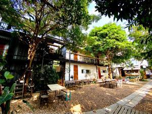 For RentOfficeAri,Anusaowaree : Studio / Office Natural atmosphere Creative district Ari