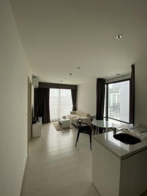 For SaleCondoSukhumvit, Asoke, Thonglor : Free down payment Rhythm Sukhumvit42, big and beautiful room, 1 bedroom for sale with tenants, big profits, price only 8.99 MB. 089-1676755