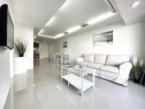 ขายคอนโดอ่อนนุช อุดมสุข : For Sale/Rent The Waterford Sukhumvit 50 (78 sqm.)