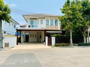 For SaleHousePattanakan, Srinakarin : *** 1 hundred thousand discount *** Single House 59 sq m, Manthana Village, Rama 9 - Srinakarin Soi Krungthep Kreetha 7