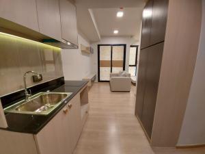 For SaleCondoRattanathibet, Sanambinna : Urgent sale Unio H Tiwanon studio, the last room, high floor, very beautiful view.