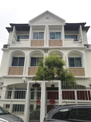 For SaleTownhouseKasetsart, Ratchayothin : 3-storey detached house for sale