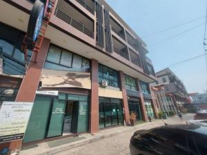 For SaleShophouseVipawadee, Don Mueang, Lak Si : Selling a commercial building, 1 unit, 4 floors, Don Mueang area, next to Songprapa Road Suitable for business