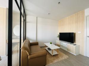 เช่าคอนโดบางซื่อ วงศ์สว่าง เตาปูน : เจ้าของปล่อยเอง Regent Home บางซ่อน 28 ตึก A ห้องหน้ากว้าง,แต่งสวย | เฟอร์ครบพร้อมอยู่ | ติด MRT บางซ่อน เพียง 8,500/เดือน