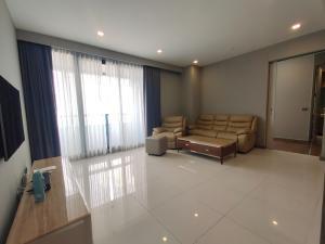 For RentCondoSilom, Saladaeng, Bangrak : For rent M Silom, 2 bedrooms, large size, best price 45,000 baht.