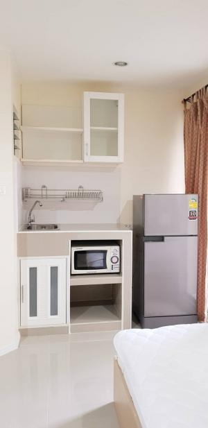 For SaleCondoNawamin, Ramindra : Urgent !! For sale Lumpini Condo Town Nawamin Ramindra, very cheap price, new floor, new kitchen counter, very good decoration, complete with furniture, studio room size 22.5 sq m, 6th floor, Building D.
