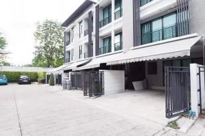 For SaleTownhouseRamkhamhaeng, Hua Mak : 3-storey townhome for sale in the middle of the city Rama 9 Ramkhamhaeng size 18.1 sq m