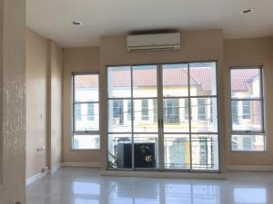For RentTownhouseLadprao 48, Chokchai 4, Ladprao 71 : ให้เช่าทาวน์โฮม 3 ชั้น โชคชัย4 หมู่บ้านกลางเมือง กองปราบ