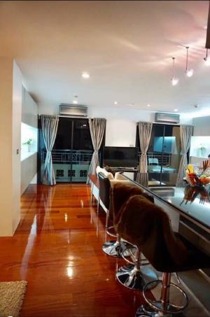 For RentCondoSilom, Saladaeng, Bangrak : Condo Silom Terrace Condo 2 bedrooms, 3 bathrooms, 147 sq m, 7th floor, fully furnished.6 balconies