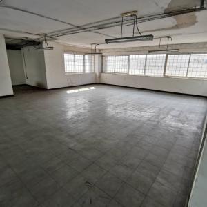 For RentShowroomMahachai Samut Sakhon : Office / showroom for rent Near Phetkasem-Phutthamonthon Sai 5 Road