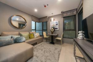 For SaleCondoOnnut, Udomsuk : Super discount Elio del nest 39 sqm. Free furniture, free transfer, view room, call: 086-888-9328