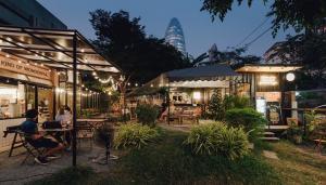 For RentRetailAri,Anusaowaree : Shop for rent, natural garden atmosphere