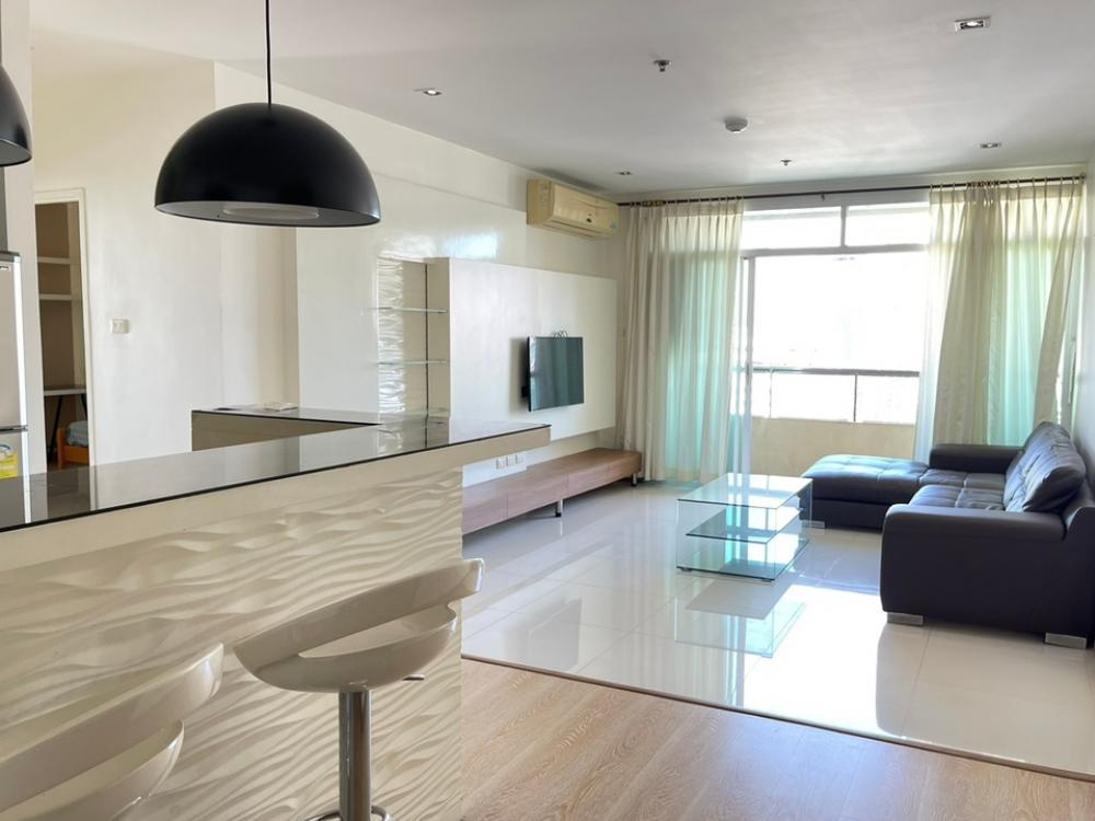 For SaleCondoNana, North Nana,Sukhumvit13, Soi Nana : !!!Urgent sale...Ready to move in...very good price!!! Sukhumvit City Resort (Sukhumvit City Resort) 2 bedrooms, 2 bathrooms, 96 sq.m., 20th floor. If interested, contact 0894414445.