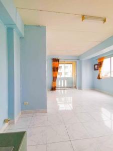 ขายคอนโดบางนา แบริ่ง : ขายขาดทุน ลาซาล พาร์ค ซ.ลาซาล 10 36 ตรม ห้องมุม 1.29 ลบ ตึก C ชั้น 5 ห้องสวย วิวเมือง ไม่บล็อค ไม่มีเสาไฟบัง บี 0641466445 (CS004)