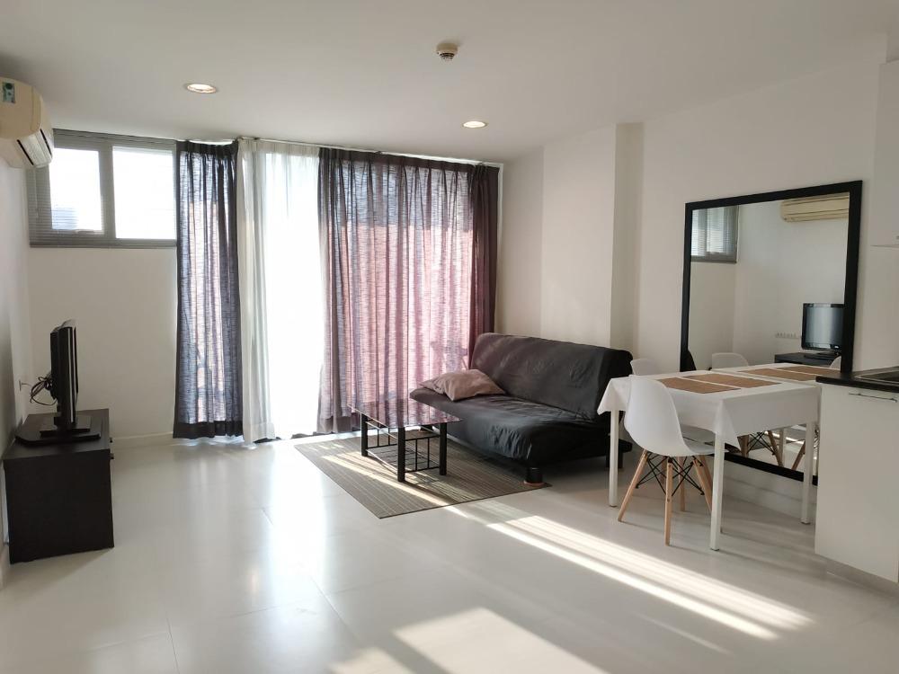 For RentCondoOnnut, Udomsuk : ✨For Rent Spacious 1 Bed Best Deal at D 65 near Ekkamai BTS✨