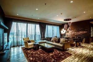 ขายคอนโดสุขุมวิท อโศก ทองหล่อ : ขายคอนโด The Emporio Place ขนาด 161 Sq.m   3 bed 4 bath ราคาเพียง  35.5 MB Rent 120k /month