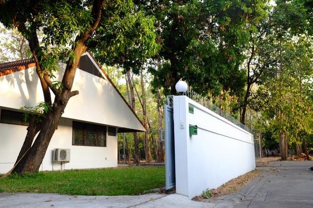 For RentHouseSapankwai,Jatujak : House for rent in Vibhavadi area, Soi Vibhavadi 5, near BTS Mo Chit, MRT Chatuchak.