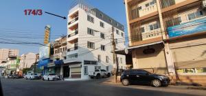 ขายตึกแถว อาคารพาณิชย์อุบลราชธานี : ขายตึกสวย พร้อมเข้าอยู่ ทำเลทองกลางเมือง หน้าโรงพยาบาลปริ้นซ์อุบลราชธานี