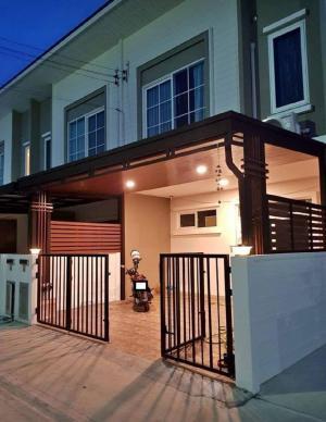 For RentTownhouseVipawadee, Don Mueang, Lak Si : ให้เช่าทาวน์โฮม Q-Distric Gusto ดอนเมือง สรงประภา หลังมุม