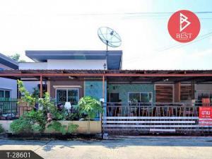 For SaleHousePattaya, Bangsaen, Chonburi : Twin house for sale, Phatra Grand Town Village Sriracha - Chonburi