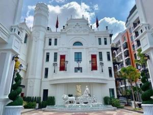 "For SaleCondoPattaya, Bangsaen, Chonburi : ❤ More than good value. Condo for sale 2 bedrooms, 2 bathrooms, special price ❤ ""Espana Condo Resort Pattaya"" • 2-bed size 73 sq m. Starting price 5.49 million (2 rooms left) C801 Pool view price 6.29 million C813 sea view, price 5.49 million, c"